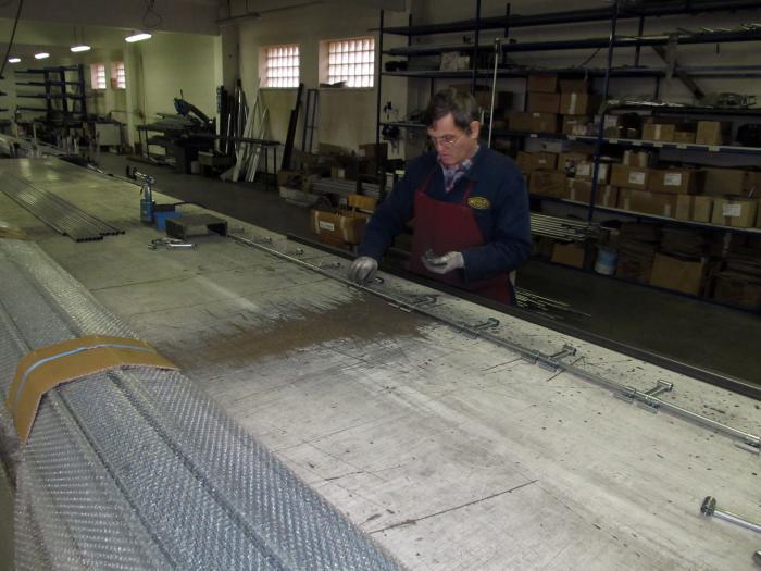 Rolovací mříž výroba