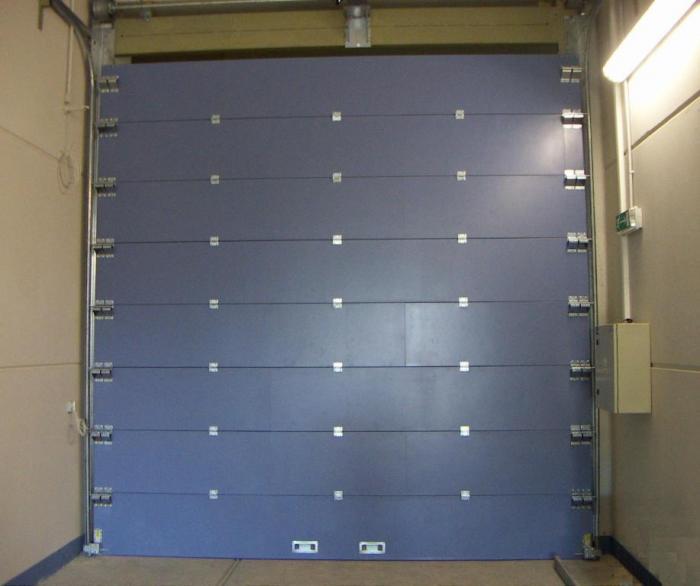 sekční protipožární vrata