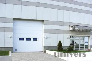 průmyslová sekční garážová vrata