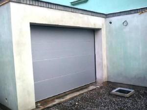 garážová vrata sekční Praha