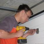 montáž garážových vrat sekčních