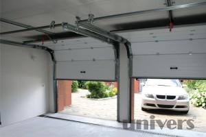 garážová vrata pohled z interiéru