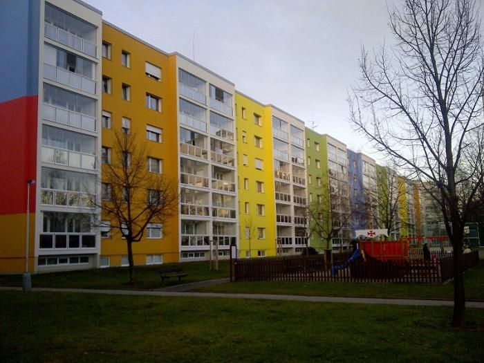Rolety venkovní Praha panelový dům
